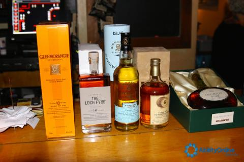 Live Auction whisky bottles